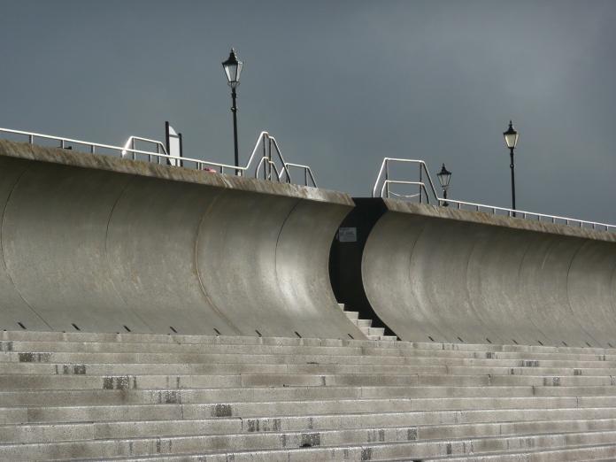 Burnham on Sea -- expecting high tides
